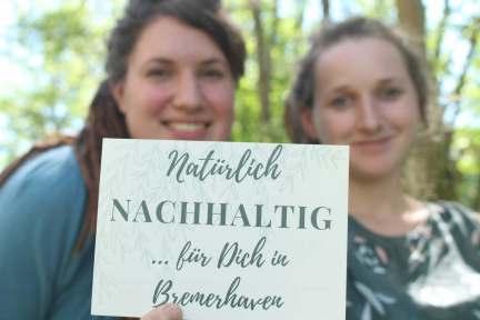 Anne Bink und Fiona Brinker wollen ein Lädchen gründen und sammeln dafür Geld.